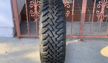 Toyo Tire Open Country M/T 265/70R17 full