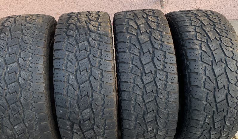 Fuel wheels and Toyo Tires full