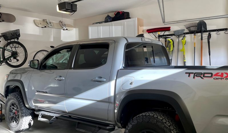 2021 Toyota Tacoma 4×4 Off Road package Cement Grey full